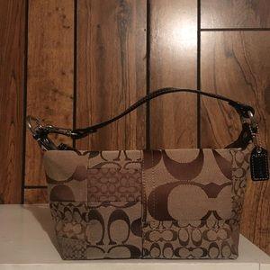 Coach Signature Small Handbag Purse, Very Nice!!!